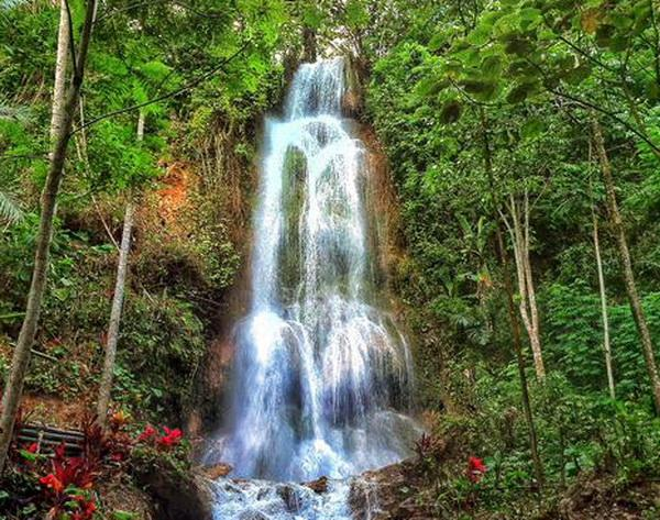 Download 880 Background Air Terjun Laut HD Terbaik